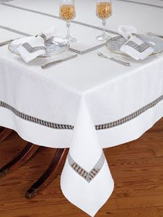 Atelier Table - Fine - A great conversation piece for your guests, unique inserts of Grey lace with the look of macramé are beautifully presented on crisp White Italian linen. Made in Italy for your entertaining pleasure, these fascinating t Linen Tablecloth, Table Linens, Drawn Thread, Hardanger Embroidery, Linens And Lace, Bath Linens, Learn To Crochet, Table Covers, Natural Linen