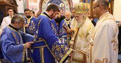 Његова Светост Патријарх српски  г. Иринеј служио је 10. децембра 2017. године свету архијерејску Литургију у храму Покрова Пресвете Бог...