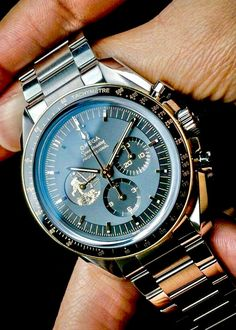 Best Watches For Men, Luxury Watches For Men, Cool Watches, Elegant Watches, Beautiful Watches, Hublot Watches, Expensive Watches, Wristwatches, Sport Watches