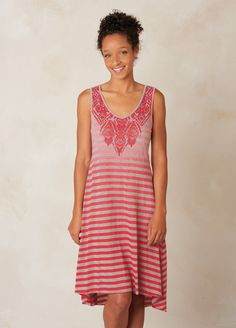 I love the prAna Henna Dress! Check it out and more at www.prAna.com