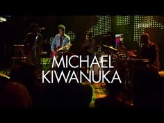 ▶ BEATZZ in Concert Michael Kiwanuka EinsPlus Live SWR3 New Pop Festival - YouTube