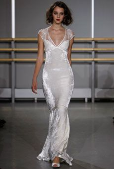 Claire Pettibone - Fall 2008 : Wedding Dresses Gallery