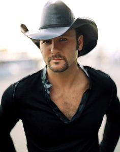 Tim McGraw - doesn't he look like someone we know? Nope, not even close!!!