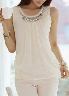 Style: Round neckSleeve Length: SleevelessPattern Type: SolidClothing Length: RegularMaterial: ChiffonShoulder (cm): S: M: L: XL: (cm): S: M: L: XL… Blouse Styles, Blouse Designs, Dressy Tops, Chiffon Tops, White Chiffon, Casual Chic, White Casual, Ideias Fashion, Casual Outfits