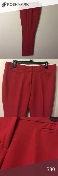 "LOFT Size 10P Red Ankle Pants NWOT Gorgeous,good quality.  Waist 34"". Inseam 28,5"". LOFT Pants Ankle & Cropped"