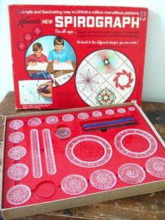 I remember playing with these at grandma's house. KENNER: 1967 Spirograph Set I remember playing with these at grandma's house. My Childhood Memories, Childhood Toys, Great Memories, 1970s Childhood, I Remember When, 80s Kids, Retro Toys, 1970s Toys, Vintage Toys 80s