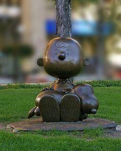 Charlie Brown and Snoopy Bronze Statue, Landmark Park, St. Paul, Minnesota, USA.