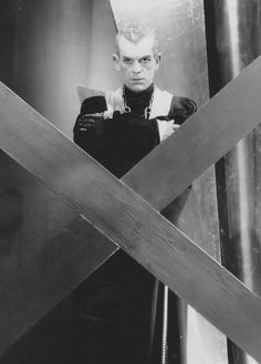 Boris Karloff in The Black Cat.