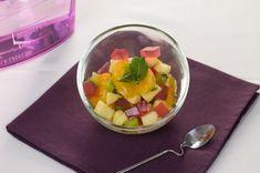 """750g vous propose la recette """"Fruits frais et gelée de fleurs d""""hibiscus"""" publiée par Chef Christophe."""