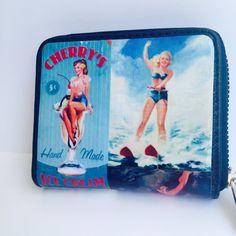 Πορτοφόλι Pin up girls Pin Up Girls, Leather Case, Lunch Box, Handmade, Leather Pencil Case, Hand Made, Bento Box, Leather Pouch, Handarbeit