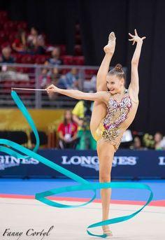 Sabina TASHKENBAEVA (UZB) Ribbon Gymnastics Photography, Female Gymnast, Ski Goggles, Rhythmic Gymnastics, Ballet Dance, Skiing, Ribbon, Wrestling, Sports