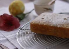lemon sugar cake - http://tmblr.co/Zk4jHs15Rice9