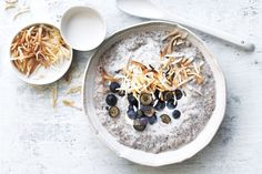 For a tasty and healthy start to your morning, look no further than Donna Hay's coconut and blueberry overnight oats.