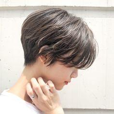 Pin on 髪型 Girl Short Hair, Short Curly Hair, Short Hair Cuts, Curly Hair Styles, Cut My Hair, Love Hair, Korean Short Hair, Androgynous Hair, Tomboy Hairstyles
