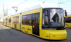 straßenbahn berlin | Foto: Front der Straßenbahn 4001 , Hof Lichtenberg, April 2009;