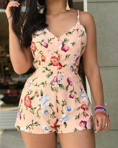 46 – Summer season clothes of 2019 year – Sayfa 4 – Fashion & Beauty Girl Outfits, Cute Outfits, Fashion Outfits, Womens Fashion, Hot Summer Outfits, Kurti Designs Party Wear, Cute Rompers, Pinterest Fashion, African Fashion Dresses