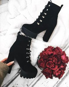 Shared by ConstanzAA. Find images and videos about fashion, shoes and black on W… Shared by ConstanzAA. Find images and videos about fashion, shoes and black on We Heart It – the app to get lost in what you love. Fashion Heels, Fashion Boots, Sneakers Fashion, Fashion Clothes, Fashion Fashion, Latest Fashion, Fashion Tips, Pretty Shoes, Beautiful Shoes