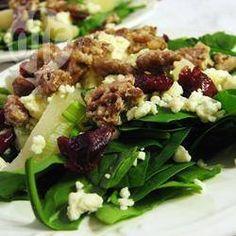 Photo de recette : Salade verte aux poires et au Roquefort