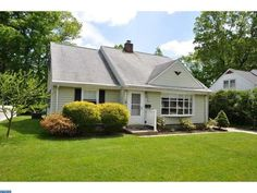 303 High St, Moorestown, NJ 08057 - Home For Sale and Real Estate Listing - realtor.com®