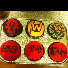 World of Warcraft/ 1337 cupcakes for Valentines Day