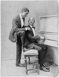 vaudeville's Eubie Blake on piano