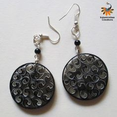 Quilled earrings - Visit http://www.kalanirmitee.com