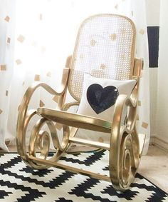 23 Interior Designs with Modern Rocking Chairs Interiorforlife.com Black white and gold in the nursery is amazing
