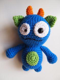 Amigurumi Crochet tonto monstruo Buddy juguete PDF por HamAndEggs