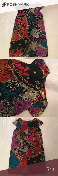 Miuse multicolored short sleeved shift dress Miuse multicolored shift dress; zips up back: cute in summer and in fall/winter with tights or leggings. Knee length. No size listed on it but I'd say fits like a M or L or 6-10. Black lining. Excellent condition Miuse Dresses Midi