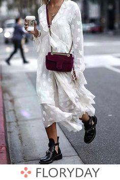 Latest fashion trends in women's Dresses. Shop online for fashionable ladies' Dresses at Floryday - your favourite high street store. Look Fashion, Fashion Outfits, Womens Fashion, Fashion Bags, Gucci Fashion, Dress Fashion, Moda Hijab, Moda Lolita, Estilo Hippie