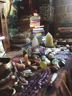 The Wicca Within Crystals Minerals, Rocks And Minerals, Crystals And Gemstones, Stones And Crystals, Crystal Magic, Crystal Healing, Crystal Altar, Crystal Room, Crystal Aesthetic
