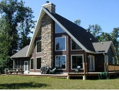 The Cottage Keeper Shimmering Bay, Necedah WI Vacation Rentals | RentWisconsinCabins.com