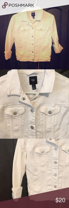 GAP white denim jacket 😎 Your classic white denim jacket from GAP, has great silver snap buttons for detailing. GAP Jackets & Coats Jean Jackets