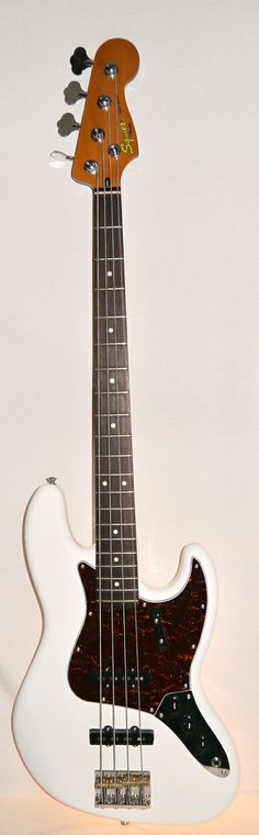 Indian Creek Guitars - Squier Classic Vibe Jazz Bass '60s - Olympic White,  (http://www.indiancreekguitars.com/squier-classic-vibe-jazz-bass-60s-olympic-white/)