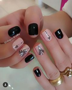 Top CASA 201832 Easy Nail Art Hack For Perfect Manicure By applying a single coat, you will have a hard time making a dirty mess. Love Nails, How To Do Nails, Pretty Nails, Short Nail Designs, Nail Art Designs, Stylish Nails, Short Nails, Manicure And Pedicure, Diy Nails