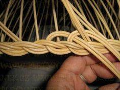OPLET DNA MIRAHELKA – pletynek – album na Rajčeti Newspaper Crafts, Rolled Paper, Weaving Patterns, Bobbin Lace, Holidays And Events, Basket Weaving, Diy And Crafts, Decoupage, Baskets