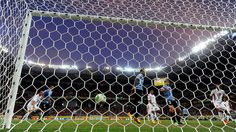 RECIFE, BRAZIL - JUNE 23: Nicolas Lodeiro of Uruguay scores a goal during the FIFA Confederations Cup Brazil 2013 Group B match between Uruguay and Tahiti at Arena Pernambuco on June 22, 2013 in Recife, Brazil. (Photo by Laurence Griffiths/Getty Images)