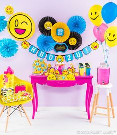 Bilderesultat for party tema emoji Emoji Decorations, Party Decoration, Birthday Decorations, 11th Birthday, Girl Birthday, Birthday Parties, Birthday Wishes, Birthday Cakes, Birthday Ideas