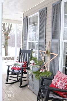 Front Porch Christmas Decorating - Finding Home