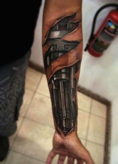 Extrem Realistisches Unterarmtattoo Beim Mann In Mehreren Farben Tattoo  Männer, Polynesische Tätowierungen, Beste Tattoo