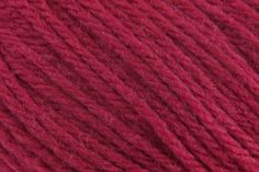Cascade 220 18st/20r Cranberry (8415) - 100g - 200m, 100% Wool, 18 stitches and 20 rows for a 10x10cm tension square using 4.5 - 5mm needles