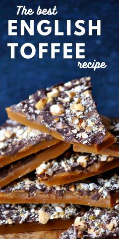 The BEST English toffee recipe. Learn how to make rich, buttery English toffee in minutes with just a few ingredients. This easy toffee candy is perfect for Christmas or any other time of year! Homemade Toffee, Homemade Candies, Homemade Candy Recipes, Hard Candy Recipes, Caramel Recipes, English Toffee Recipe, Delicious Desserts, Sweets, Mini Desserts