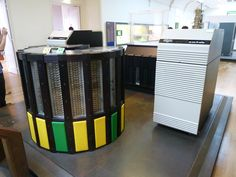 Cray-2 supercomputer (1985) with Cray DD49 disk storage unit
