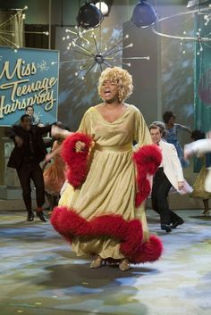"Queen Latifah stars as ""Motormouth Maybelle"" in New Line Cinema's musical, HAIRSPRAY. Photo Credit: ©2007 David James/New Line Cinema"