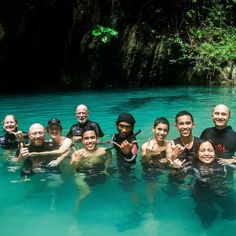 Today inside the emerald cave at Koh Mook on our #southernislands trip  just beautiful swimming through the caves. #caves #islands #snorkeling #scubadiving #emeraldcave #padi #instadive #fish #coralreef #kohlanta #vacation #kohmook