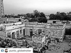#Repost @punto_globetrotter with @repostapp. To get featured tag your posts with #talestreet #photographer #photobomb #artwork #jaipurcityblog #jaipurdiaries #igers #igdaily #iphone6 #instadaily #instalike #instamood #beautifuljaipur #blackandwhitephotography #oldtown #presents #desidiaries #desi_diaries #incredibleindia #artwork #art_spotlight #rajasthan #oyemyclick #indianstories#indiaclicks