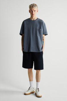 ΒΕΡΜΟΥΔΑ JOGGER BΑSIC | ZARA Greece / Ελλαδα Jogger Shorts, Joggers, Zara United States, Bermuda, Welt Pocket, Navy Blue, Normcore, Mens Fashion, Color