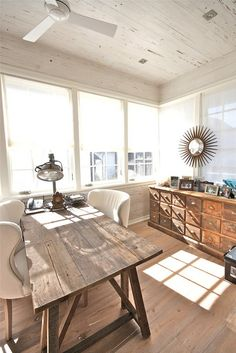 Beautiful and relaxing home office. Neutral but not boring!