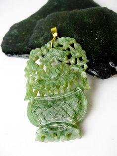Vintage Carved Chinese Jade & 14K Gold Flower by TampicoJewelry,