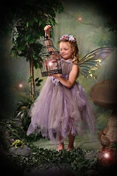 Enchanted fairy pic by enchanted portraits in Troy, mi Fairy Photography, Children Photography, Fairy Photoshoot, Fairies Photos, Princess Photo, Fairy Birthday Party, Fairy Pictures, Fairy Dress, Beautiful Fairies